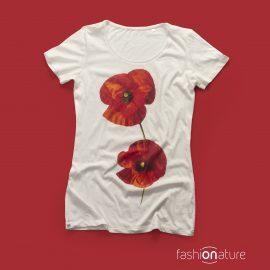 T-Shirt Papavero White donna sagomata con un Papavero, con cuciture laterali. Tessuto con una piacevole resa al tatto, 100% cotone OEKO-TEX 105 gr/m2