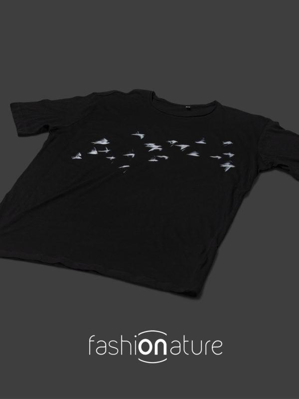 Men's Gabbiani Black T-Shirt uomo sagomata, con cuciture laterali. Bordino collo in tessuto arrotolato. Tessuto morbidissimo